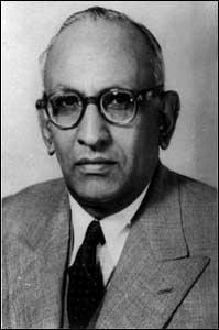 Ibrahim Ismail Chundrigar (1898-1960)